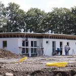 Das neue Vereinsheim hat die erste Grundierung erhalten.