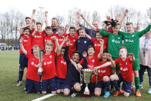 Hatten allen Grund zum Jubeln: Die Kicker des VfL Bochum sicherten sich den erstmals ausgetragenen Golden Goal Frühjahrs-Cup.